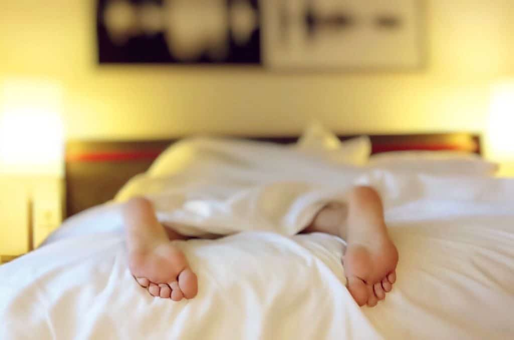 how to lose belly fat with quality sleep